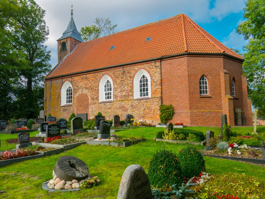 Kirche Middoge